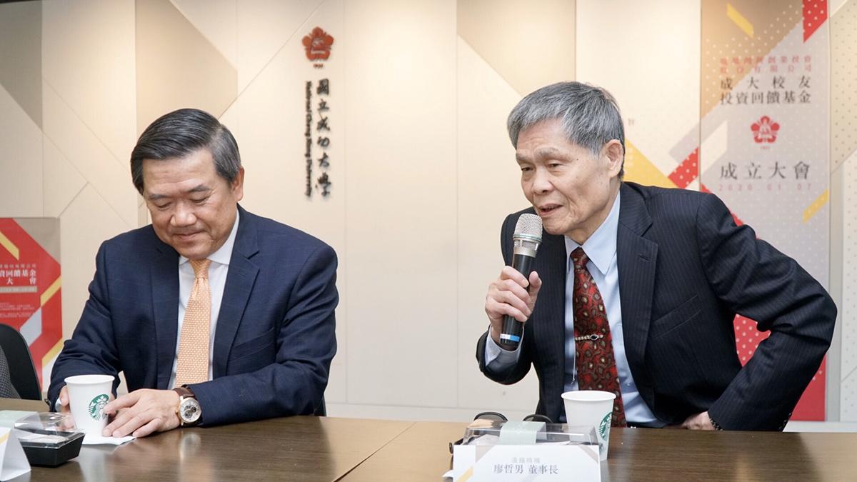 陳其宏(左)、廖哲男(右)